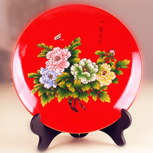 Fine Chinese flower peony painted red ceramic decoration plate